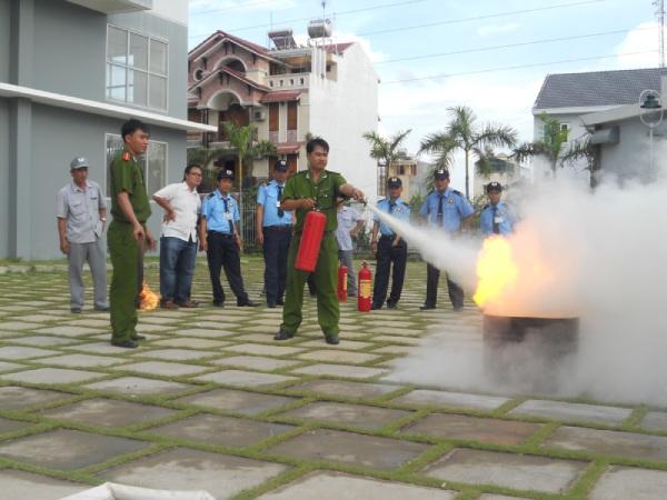 Bảng báo giá dịch vụ bảo vệ tại Hà Nội chi tiết và cạnh tranh nhất từ Thanh Bình Phú Mỹ